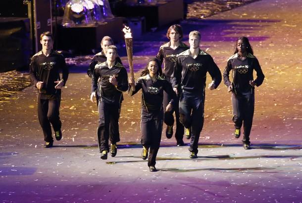 20468 932 مراسم افتتاحیه المپیک لندن + تصاویر