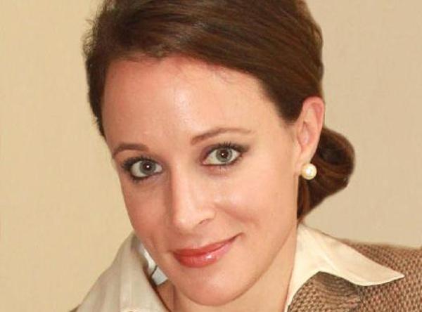 پائولا برادول رییس سازمان سیا به خاطر یک زن استعفا داد