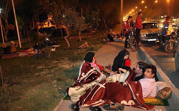 61814 807 اصفهان پس از وقوع زلزله/تصاویر
