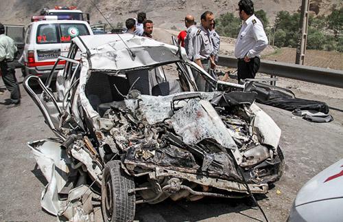 (تصاویر) تصادف مرگبار پراید و کامیون