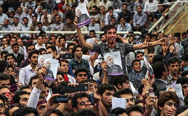 69649 311  (تصاویر) روحانی در ارومیه و تبریز