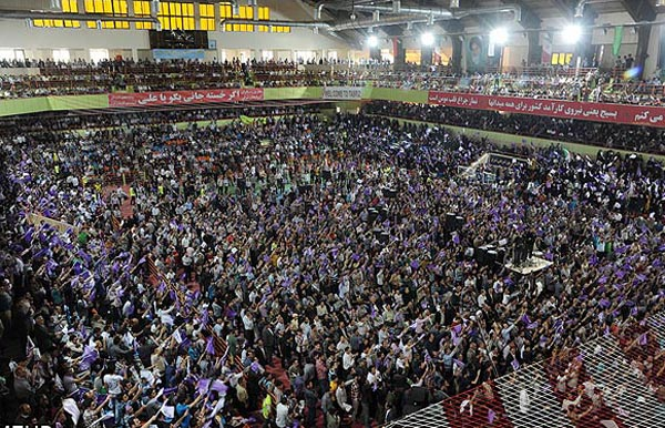 69660 832  (تصاویر) روحانی در ارومیه و تبریز