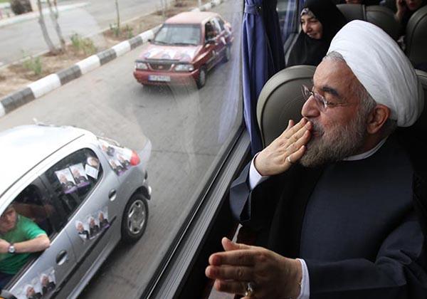 69661 381  (تصاویر) روحانی در ارومیه و تبریز