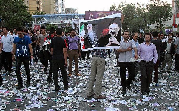 70130 428  (تصاویر) حسن روحانی در مشهد