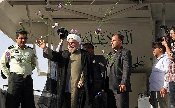 70132 227  (تصاویر) حسن روحانی در مشهد