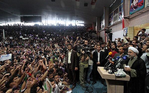 70135 845  (تصاویر) حسن روحانی در مشهد