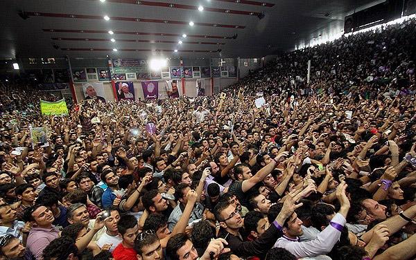 70136 333  (تصاویر) حسن روحانی در مشهد