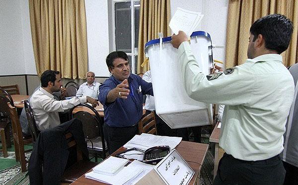 70655 523  (تصاویر) شمارش آراء انتخابات ریاست جمهوری