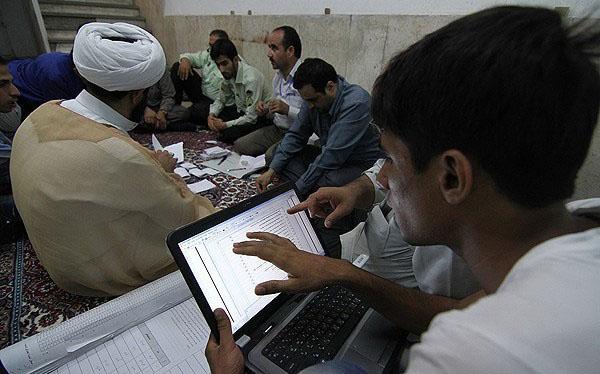 70676 599  (تصاویر) شمارش آراء انتخابات ریاست جمهوری