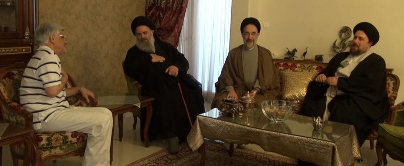عکس خاتمی سید حسن خمینی و موسوی بجنوردی در منزل محمدرضا عارف