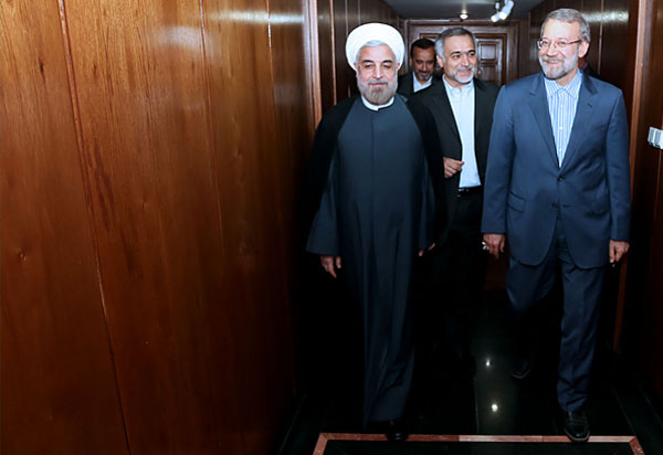 70979 911  (تصاویر) حسن روحانی در دیدار با لاریجانی