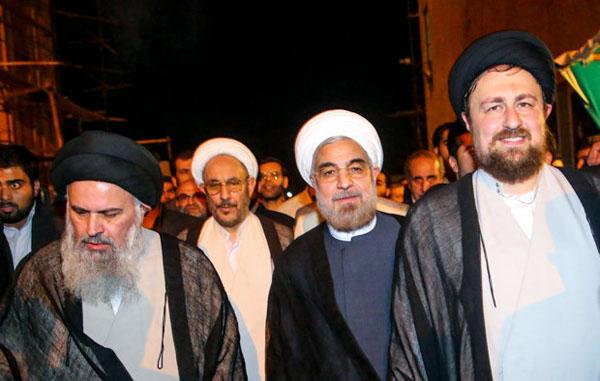 71032 856  (تصاویر) حسن روحانی در مرقد امام (ره)