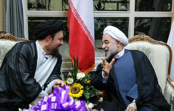 71043 457  (تصاویر) حسن روحانی در مرقد امام (ره)