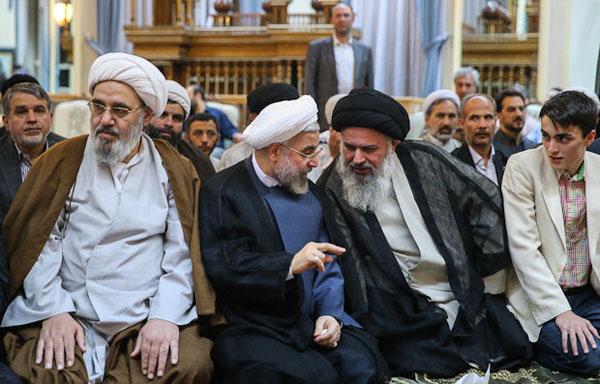 71051 160  (تصاویر) حسن روحانی در مرقد امام (ره)