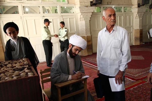 71172 483  (تصاویر) انتخابات ایران از چشم غربی