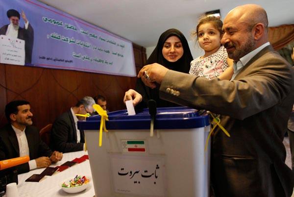 71181 538  (تصاویر) انتخابات ایران از چشم غربی