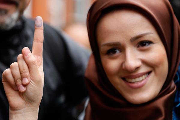 71182 668  (تصاویر) انتخابات ایران از چشم غربی