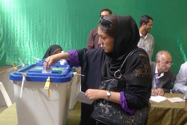 71183 662  (تصاویر) انتخابات ایران از چشم غربی