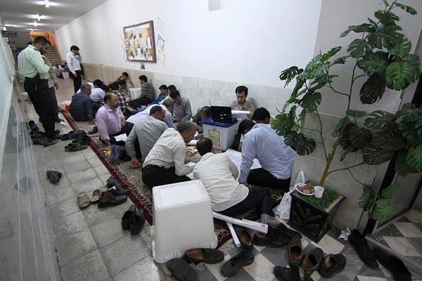 71188 356  (تصاویر) انتخابات ایران از چشم غربی