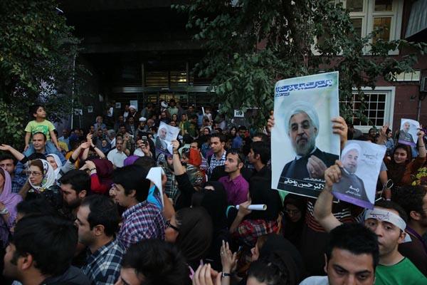 71192 805  (تصاویر) انتخابات ایران از چشم غربی