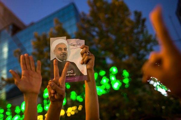 71194 897  (تصاویر) انتخابات ایران از چشم غربی