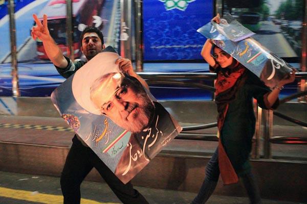 71197 573  (تصاویر) انتخابات ایران از چشم غربی