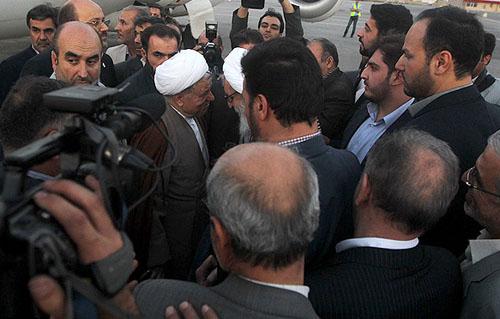 سنگ قبر علما اقتصاد ایران آنلاین - استقبال از هاشمی در فرودگاه +تصاویر