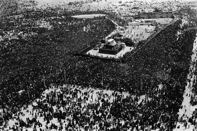 رحلت امام و بزرگترین تشییع جنازه تاریخ