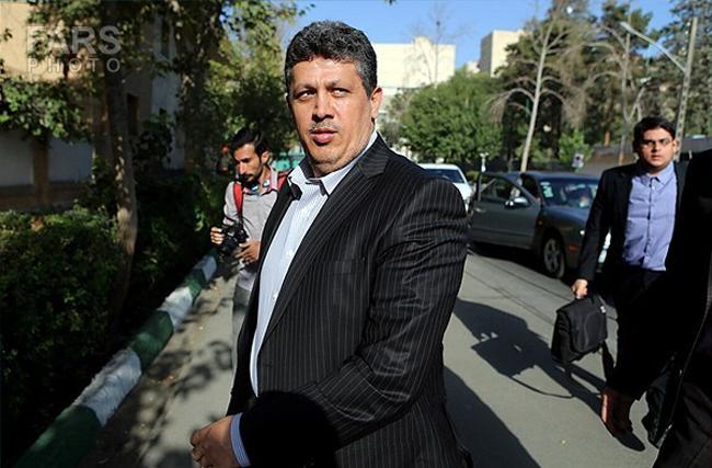 تصاویر/ ورود مهدی و فائزه هاشمی به دادگاه