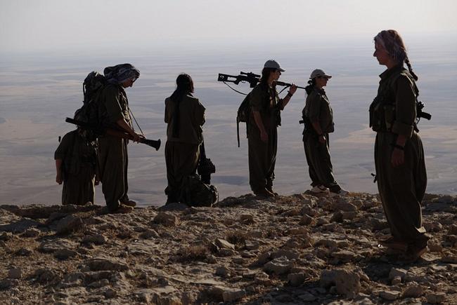 162736 842 زنان کُرد اربیل آماده نبرد با داعش (تصاویر)