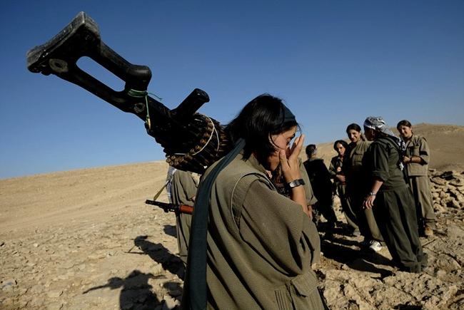 162737 225 زنان کُرد اربیل آماده نبرد با داعش (تصاویر)