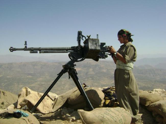 162740 482 زنان کُرد اربیل آماده نبرد با داعش (تصاویر)