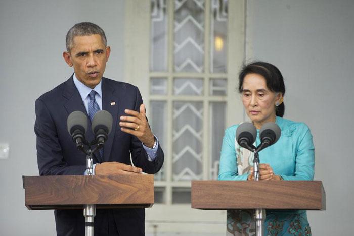 همسر باراک اوباما زن باراک اوباما بیوگرافی باراک اوباما بوسه عاشقانه ازدواج باراک اوباما