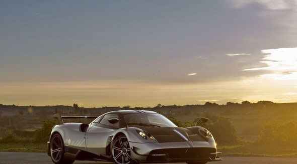 (تصاویر)قدرتمندترین خودروی ایتالیایی