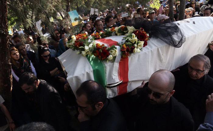 (تصاویر) مراسم وداع با عباس کیارستمی