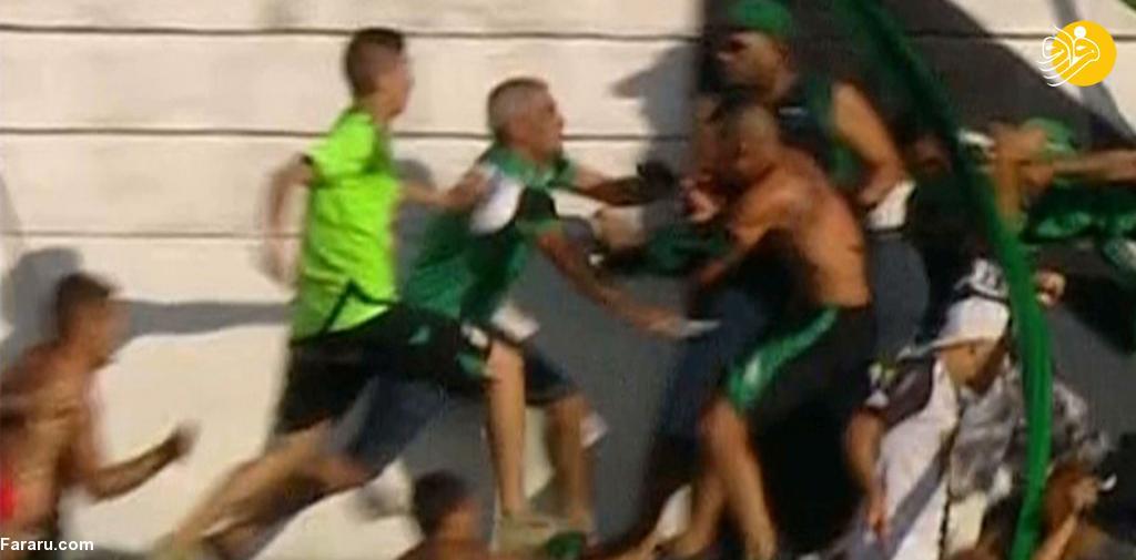 (عکس) چاقوکشی در حاشیه یک بازی فوتبال