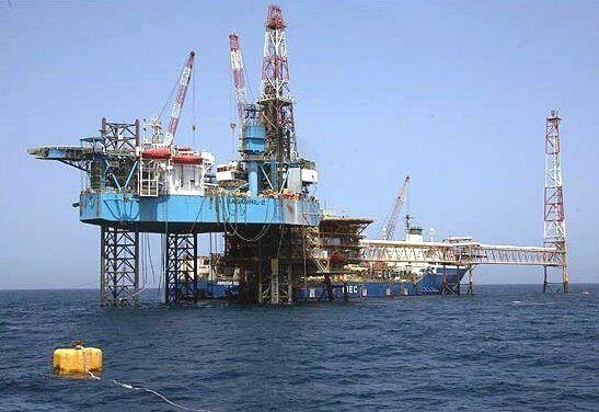 یک چاه نفتی امارات هدف قرار گرفت