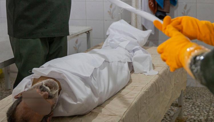 تصاویر تکان دهنده از دفن قربانیان کرونا در قبر آهکی