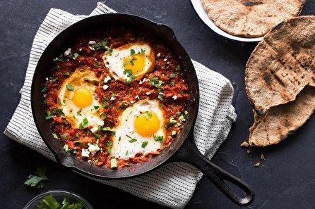 طرز تهیه املت قارچ و گوجه فرنگی؛ ساده و خوشمزه