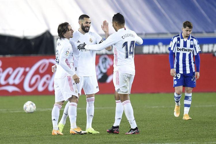 (ویدیو) خلاصه بازی آلاوس 1 - 4 رئال مادرید 4 بهمن 99