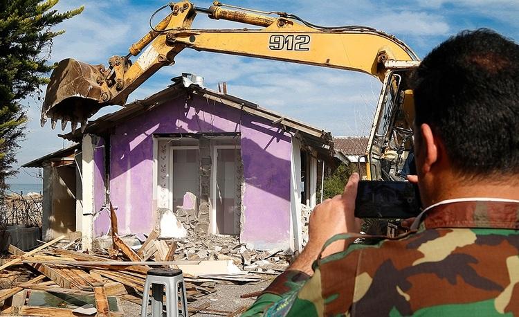(تصاویر) تخریب بنای غیرمجاز در سلمانشهر