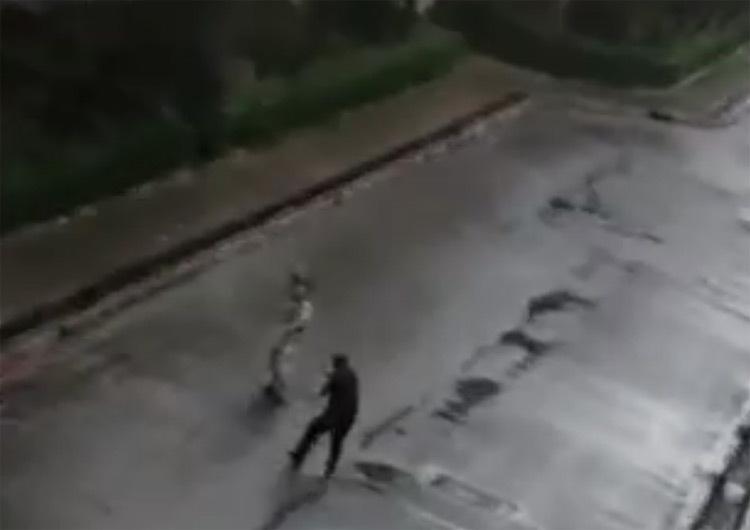 (ویدئو) تیراندازی پلیس البرز به پایِ فردِ قمه به دست