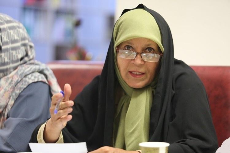 فائزه هاشمی: کرباسچی از ائتلاف با لاریجانی حمایت میکند