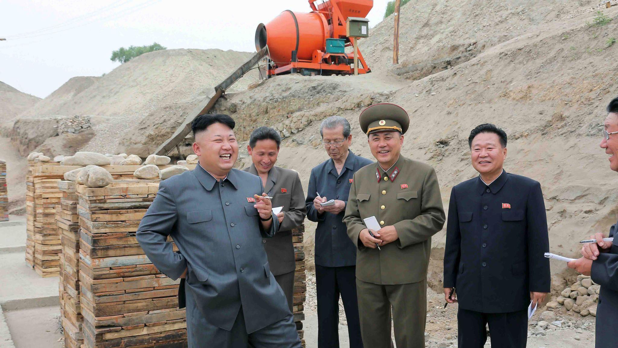 چرا کره شمالی درباره کیم جونگ اون حرفی نمیزند؟