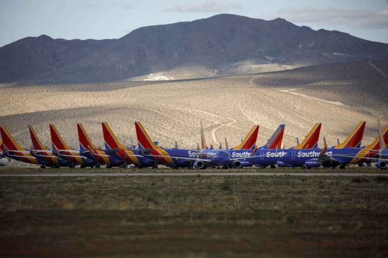کرونا چه بلایی برسر صنعت هواپیمایی جهان آورده است؟