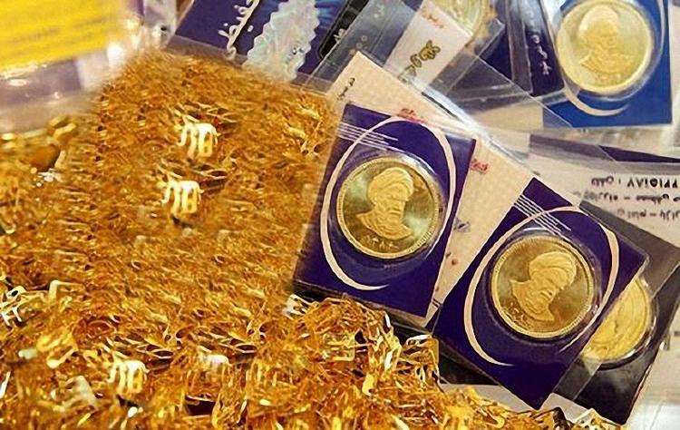۴ سیگنال برای آینده طلا؛ قیمت سکه چه خواهد شد؟