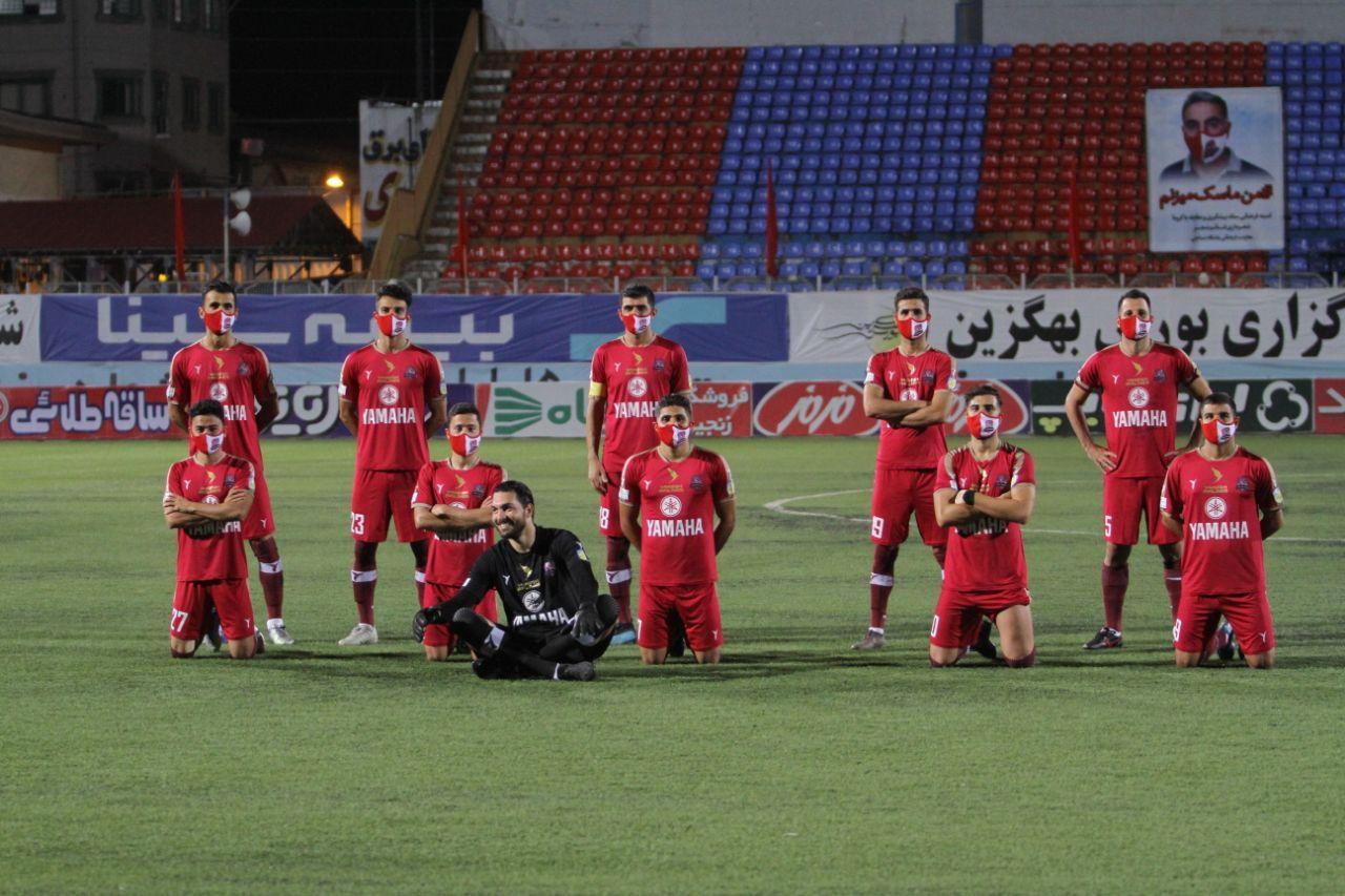 (عکس) ابتکار نساجی در عکس تیمی کرونایی