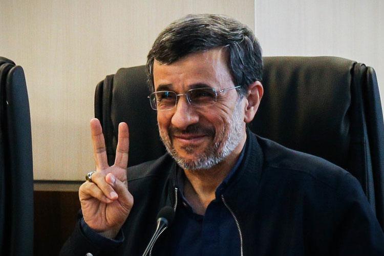 غافلگیری تازه احمدینژاد؛ نامهنگاری با محمد بنسلمان!