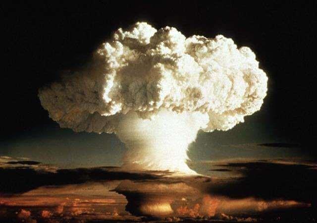 بمب اتم به زبان ساده