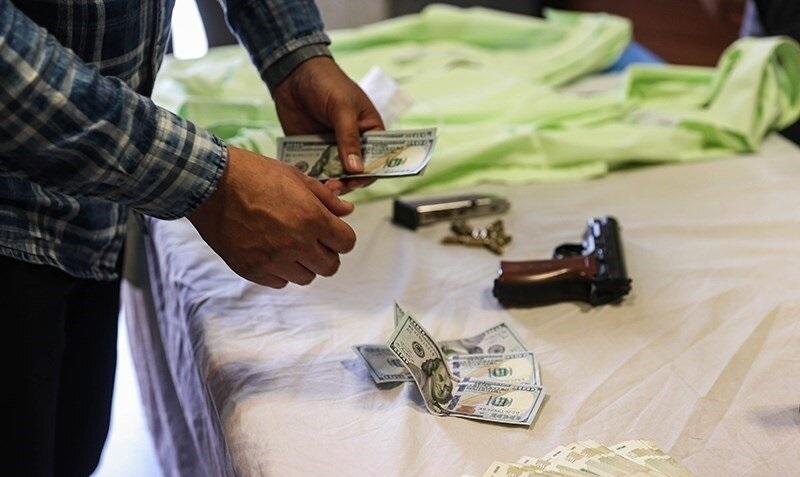 زورگیری مسلحانه از فروشندگان دلار در میدان فردوسی